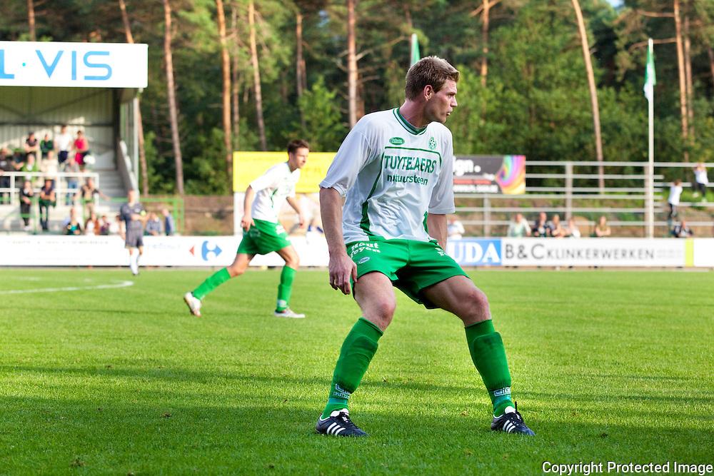 360796-Voetbal Dessel tegen Lommel-Brasel Dessel-nr 11 Wesley Geuens