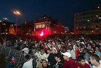 "Fotball<br /> UEFA-cup 2003/04<br /> Finale<br /> Olympique Marseille v Valencia 0-2<br /> Nya Ullevi - Gøteborg<br /> 19. mai 2004<br /> Foto: Digitalsport<br /> NORWAY ONLY<br /> <br />  OM FANS IN ""VIEUX PORT"" IN MARSEILLE"