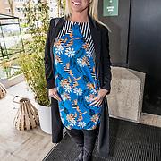 NLD/Amsterdam//20170413 - 'Hotel Hartzeer' schrijfsters Marion Pauw en Susan Smit, Bridget Maasland