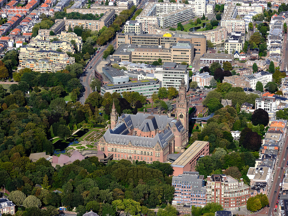 Nederland, Zuid-Holland, Den Haag, 14-09-2019; zicht op Carnegieplein met Vredespaleis.<br /> View of Carnegieplein with Peace Palace.<br /> <br /> View of center of the city, with parliament.<br /> luchtfoto (toeslag op standard tarieven);<br /> aerial photo (additional fee required);<br /> copyright foto/photo Siebe Swart