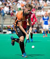 ROTTERDAM - Gijs Merrienboer (Oranje-Rood)   tijdens de wedstrijd om de derde plaats , Kampong- Oranje Rood , bij de ABN AMRO cup. COPYRIGHT KOEN SUYK