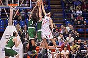 DESCRIZIONE :  Milano Lega A 2012-13 EA7 Emporio Armani Milano Montepaschi Siena<br /> GIOCATORE : David Moss<br /> CATEGORIA : controcampo rimbalzo<br /> SQUADRA : Montepaschi Siena<br /> EVENTO : Campionato Lega A 2012-2013 <br /> GARA : EA7 Emporio Armani Milano Montepaschi Siena<br /> DATA : 03/03/2013<br /> SPORT : Pallacanestro <br /> AUTORE : Agenzia Ciamillo-Castoria/GiulioCiamillo<br /> Galleria : Lega Basket A 2012-2013  <br /> Fotonotizia : Milano Lega A 2012-13 EA7 Emporio Armani Milano Montepaschi Siena<br /> Predefinita :
