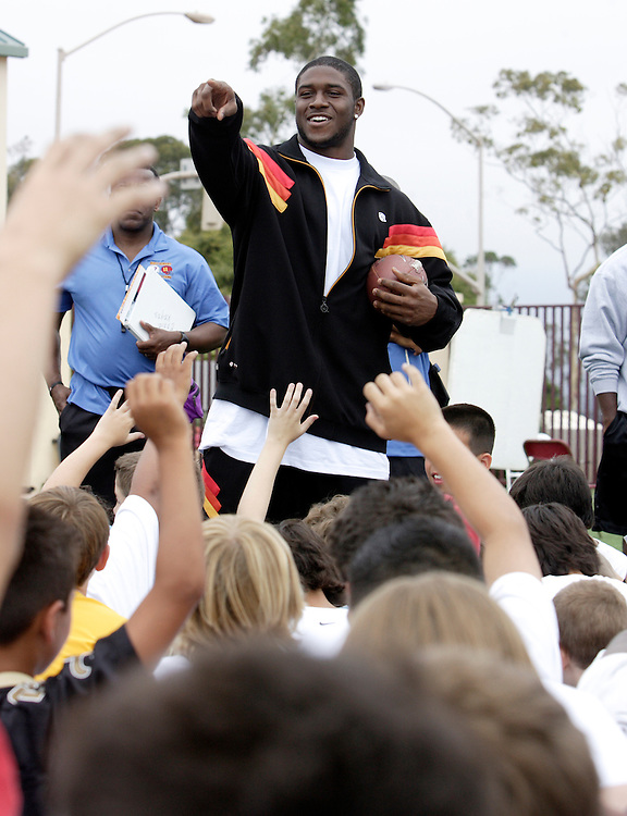 Santa Barbara, CA, July 9, 2007: Guest Reggie Bush at Matt Leinart's inaugural football camp held at the University of Santa Barbara, California on July 9, 2007. (Photo by Todd Bigelow/Aurora)