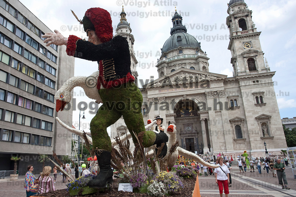 Flower creations on display during the advertising festival of the Debrecen Flower Carnaval held at St Steven square in Budapest, Hungary. Saturday, 11. July 2009. ATTILA VOLGYI