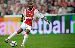 25-04-2010 VOETBAL: AJAX - FEYENOORD: AMSTERDAM<br /> De eerste wedstrijd in de bekerfinale is gewonnen door Ajax met 2-0 / Eyong Enoh<br /> ©2010-WWW.FOTOHOOGENDOORN.NL