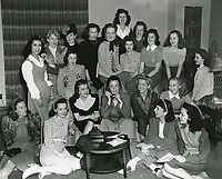 1940 Ladies gather at the Hollywood Studio Club