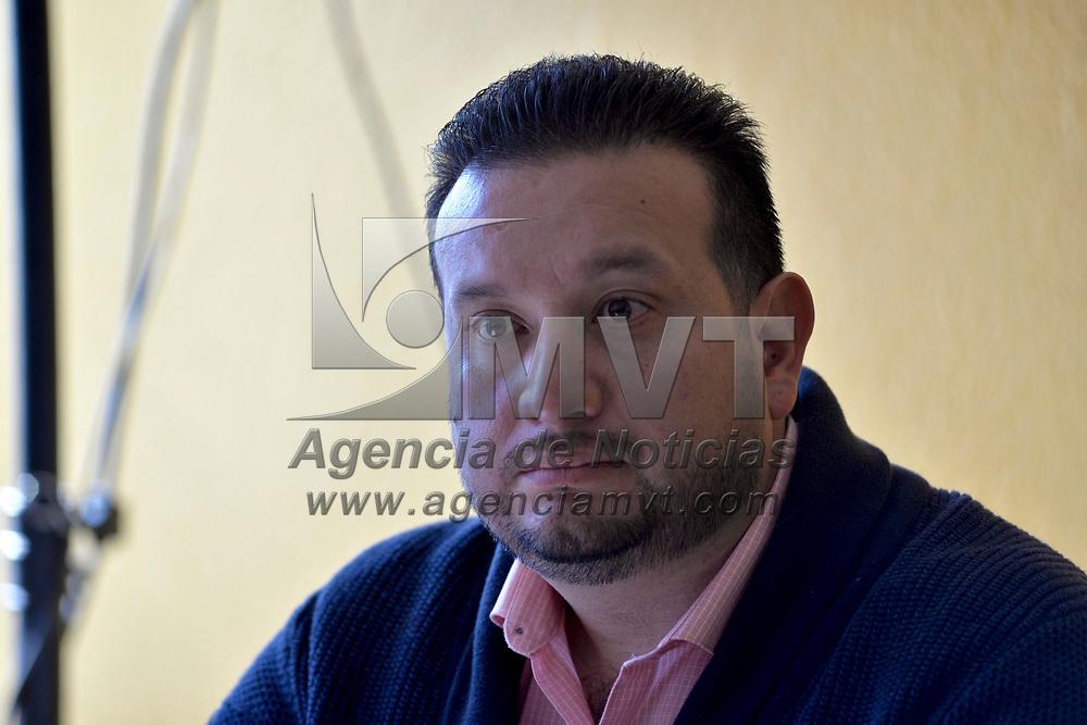 Toluca, México (Febrero 14, 2018).- Mario Medina Peralta candidato a diputado locale propuesto por el PRD para la coalición Por el Estado de México al Frente,  durante conferencia de prensa aseguraron que el próximo alcalde de Toluca saldrá del Frente PAN-PRD-Movimiento Ciudadano.  Agencia MVT / Crisanta Espinosa.