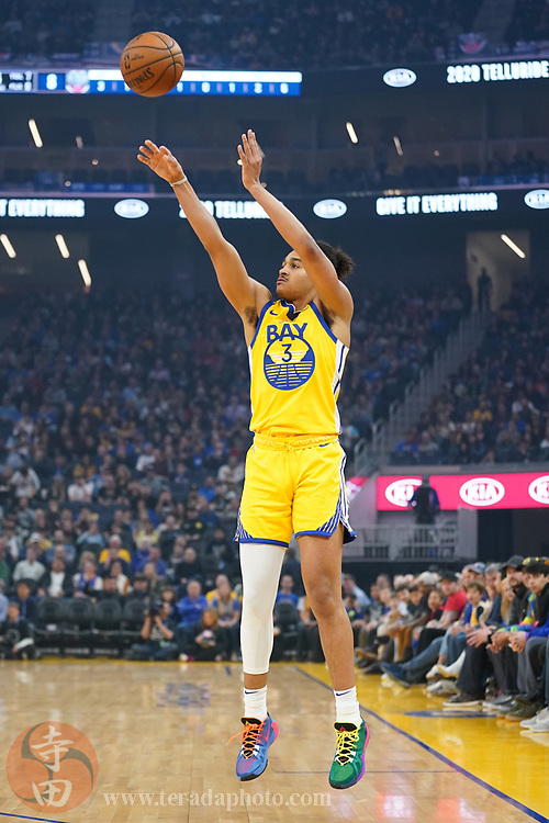 February 23, 2020; San Francisco, California, USA; Golden State Warriors guard Jordan Poole (3) shoots the basketball against the New Orleans Pelicans during the first quarter at Chase Center.