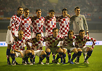 Fotball<br /> Foto: imago/Digitalsport<br /> NORWAY ONLY<br /> <br /> 15.10.2008 <br /> <br /> Lagbilde Kroatia<br /> <br /> Mannschaftsfoto Kroatien, hi.v.li.: Josip Simunic, Ivan Klasnic, Ivica Krizanac, Ognjen Vukojevic, Vedran Corluka, Torwart Stipe Pletikosa; vorn: Mladen Petric, Danijel Pranjic, Ivan Rakitic, Luka Modric und Ivica Olic