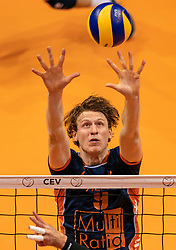 12-05-2019 NED: Abiant Lycurgus - Achterhoek Orion, Groningen<br /> Final Round 5 of 5 Eredivisie volleyball, Orion wins Dutch title after thriller against Lycurgus 3-2 / Twan Wiltenburg #9 of Orion