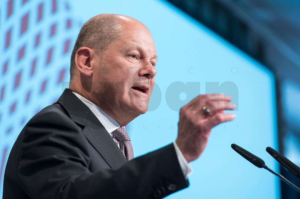09 MAY 2019, BERLIN/GERMANY:<br /> Olaf Scholz, SPD, Bundesfinanzminister, haelt eine Rede, Wirtschaftskonferenz, Wirtschaftsforum der SPD, Kalkscheune<br /> IMAGE: 20190509-01-217