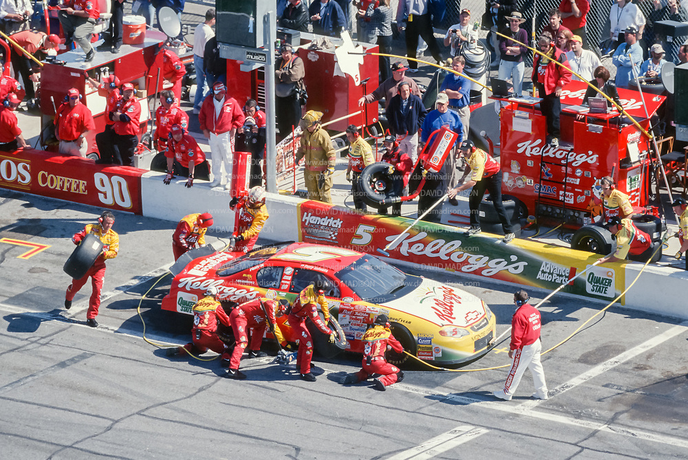 DAYTONA BEACH, FL -  FEBRUARY 20:  Car #5 driven by Terry Labonte makes a pit stop during the Daytona 500 Winston Cup NASCAR race on February 20, 2000 at the Daytona International Speedway in Daytona Beach, Florida.  (Photo by David Madison/Getty Images)