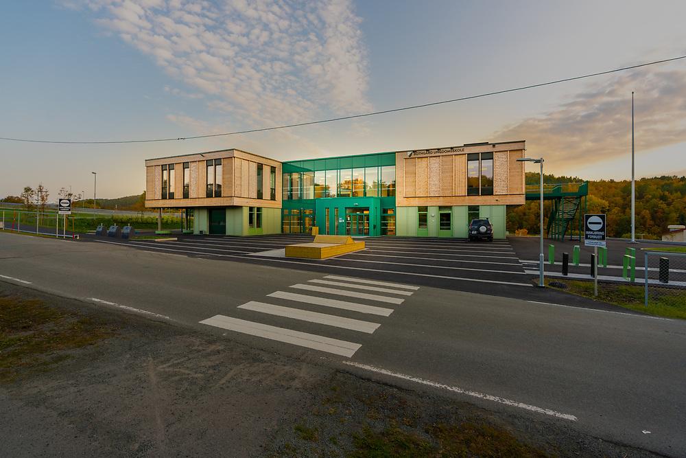 Botngård ungdomsskole i Bjugn, Ørland kommune, Trøndelag fylke.