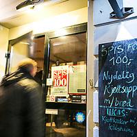 Spis for 100 i Kristiansand februar 2014. Ei uke med retter for 100 kroner i Kristiansand.<br /> <br /> Eat for 100 in Kristiansand. One week in february lots of reastaurants offer dishes for 100 norwegian kroner.