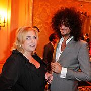 NLD/Amsterdam/20111124 - Beau Monde Awards 2011, Thijs Willekes met enorme haarbos