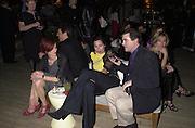 Minnie Driver being interviewed. Talk pre-Golden Globes party. Mondrian Hotel. 20 January 2001. © Copyright Photograph by Dafydd Jones 66 Stockwell Park Rd. London SW9 0DA Tel 020 7733 0108 www.dafjones.com