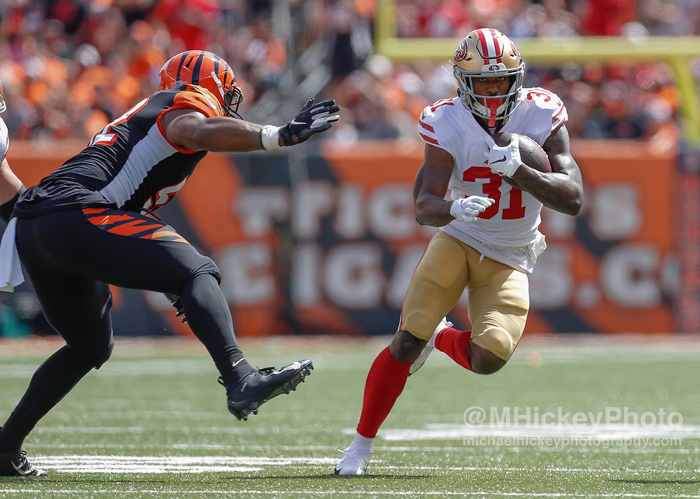 CINCINNATI, OH - SEPTEMBER 15: Raheem Mostert #31 of the San Francisco 49ers runs the ball during the game against the Cincinnati Bengals at Paul Brown Stadium on September 15, 2019 in Cincinnati, Ohio. (Photo by Michael Hickey/Getty Images) *** Local Caption *** Raheem Mostert