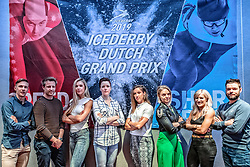 10-04-2019 NED: Kick off of Icederby in Thialf 2019/2020, Almere<br /> The Ultimate Icederby between long track and short track speed skating comes to invade the Netherlands / Sjinkie<br /> Knegt, Elise Christie, Arianna Fontana, Suzanne Schulting, Jorien ter Mors, Jutta Leerdam, Michel Mulder en Bart Swings
