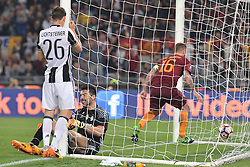 Stadium Olimpico Football Calcio Serie A AS Roma Vs Juventus. 14 May 2017 Pictured: Gol Daniele De Rossi Roma goal celebration 1-1. Photo credit: Insidefoto / MEGA TheMegaAgency.com +1 888 505 6342