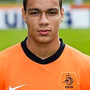 AUS/Seefeld/20100529 - Training NL Elftal WK 2010, Gregory van der Wiel