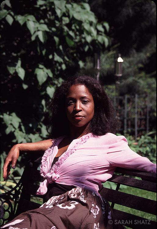 Lorna Simpson, artist