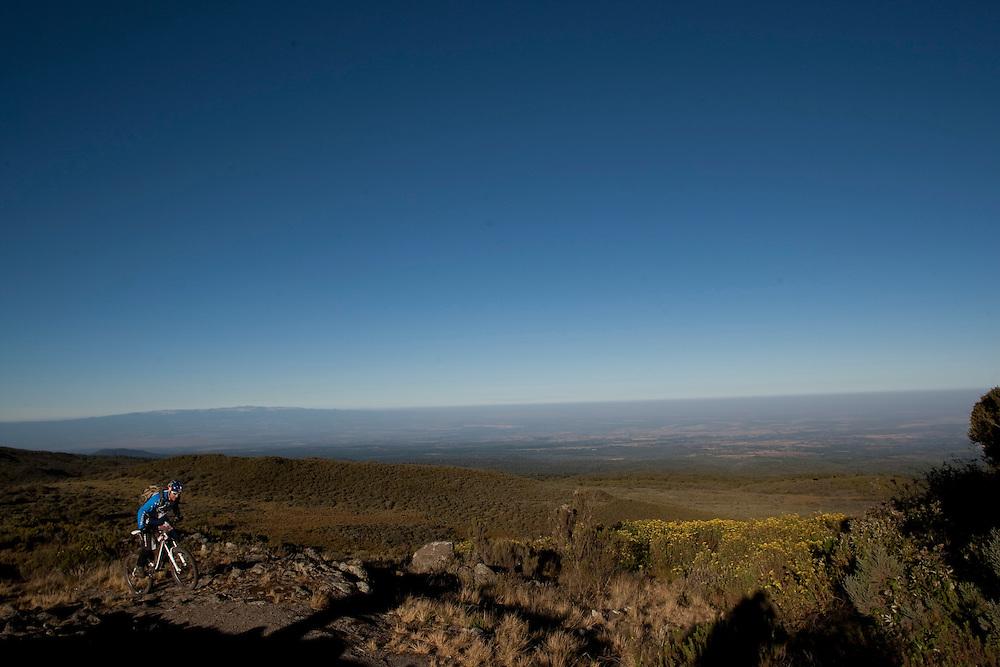 Location: Mont Kenya (Kenya) Urge Kenya 09/ The ultimate Mountain Bike gravity adventure at Mont-Kenya Athlete: Rene Wildhaber on his way to camp two Shipton Camp (altitude 4200 meters)