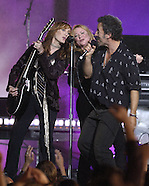 Bruce Springsteen & The E Street Band - 2002 MTV VMA's