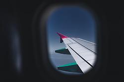 THEMENBILD - Blick aus dem Kabinenfenster zu einem Flügel des Fliegers, aufgenommen am 15. August 2018 in Larnaka, Zypern // View from the cabin window to a wing of the plane, Larnaca, Zyprus on 2018/08/15. EXPA Pictures © 2018, PhotoCredit: EXPA/ JFK