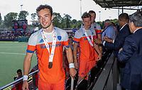 AMSTELVEEN -Diede van Puffelen (Ned)  met zijn medaille  na  de wedstrijd om de 3e plaats ,   Nederland-Groot Brittannie (5-3),  bij  de Pro League Grand Final hockeywedstrijd heren... COPYRIGHT KOEN SUYK