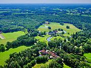 Nederland, Overijssel, Gemeente Dinkelland, 21–06-2020; landgoed en park Singraven met gelijknamige havezate (17e-eeuws neoklassiek huis) en middeleeuwse watermolen.<br /> Singraven estate and park with the manor of the same name (17th-century neoclassical house) and medieval watermill.<br /> <br /> luchtfoto (toeslag op standaard tarieven);<br /> aerial photo (additional fee required)<br /> copyright © 2020 foto/photo Siebe Swart