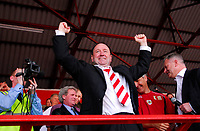 Photo: Leigh Quinnell.<br /> Bristol City v Rotherham United. Coca Cola League 1. 05/05/2007. Bristol City manager Gary Johnson is king of the world as he celebrates winning promotion to the championship.