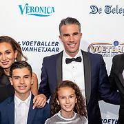 NLD/Hilversum/20190902 - Voetballer van het jaar gala 2019, Robin van Persie, partner Bouchra en kinderen Shaqueel, Dina Layla