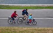 Turystyka rowerowa, bulwary Wisły w Krakowie