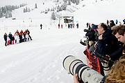 Fotosessie met de koninklijke familie in Lech /// Photoshoot with the Dutch royal family in Lech .<br /> <br /> Op de foto / On the photo:  De Pers tijdens de fotoshoot / The Press at the photoshoot