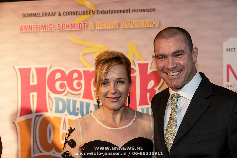 NLD/Amsterdam/20150201 - Premiere Heerlijk duurt het Langst, Inge Iepenburg en .........