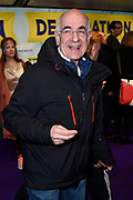 Premiere van de musical De Marathon in het nieuwe Luxor Theater, Rotterdam.<br /> <br /> Op de foto: Frits Spits