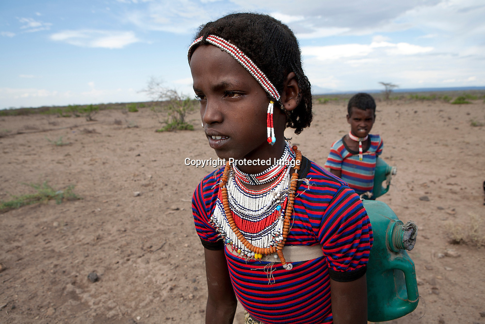 Ethiopian girl is fetching water