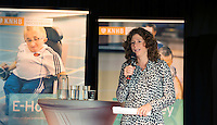 AMSTERDAM - Barbara Barend presenteert het  KNHB Symposium Train de Trainer, voor trainer, coach , begeleider binnen het aangepaste hockey. Dit alles in het Ronald MacDonald Centre in Amsterdam. COPYRIGHT KOEN SUYK