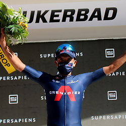LEUKERBAD (SUI) CYCLING<br /> Tour de Suisse stage 5<br /> Richard Carapaz has taken the lead in the Tour of Switzerland. The Ecuadorian of INEOS Grenadiers defeated Jakob Fuglsang in Leukerbad after a long uphill sprint and took over the yellow leader's jersey from Mathieu van der Poel.