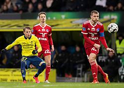 Simon Hedlund (Brøndby IF) afslutter under kampen i 3F Superligaen mellem Brøndby IF og Lyngby Boldklub den 1. marts 2020 på Brøndby Stadion (Foto: Claus Birch).
