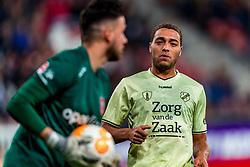 27-09-2018 NED: FC Utrecht - MVV Maastricht, Utrecht<br /> First round Dutch Cup stadium Nieuw Galgenwaard / Cyriel Dessers #11 of FC Utrecht, Luuk Koopmans #1 of MVV