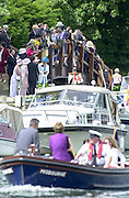 Henley on Thames, United kingdom, Spectators on the bridge at Phyllis Court, watching the racing.   Annual 2002 Henley Royal Regatta, Henley Reach, River Thames, England, [Mandatory Credit: Peter Spurrier/Intersport Images] Messing About on the River 20020703 Henley Royal Regatta, Henley, Great Britain