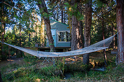 Shasta View Treehouse & Hammock, Mt. Shasta, California, US