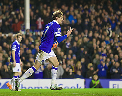 04.01.2014, Goodison Park, Liverpool, ENG, FA Cup, FC Everton vs Queens Park Rangers, 3. Runde, im Bild Everton's Nikica Jelavic celebrates scoring the third goal against Queens Park Rangers // during the English FA Cup 3rd round match between Everton FC and Queens Park Rangers at the Goodison Park in Liverpool, Great Britain on 2014/01/04. EXPA Pictures © 2014, PhotoCredit: EXPA/ Propagandaphoto/ David Rawcliffe<br /> <br /> *****ATTENTION - OUT of ENG, GBR*****