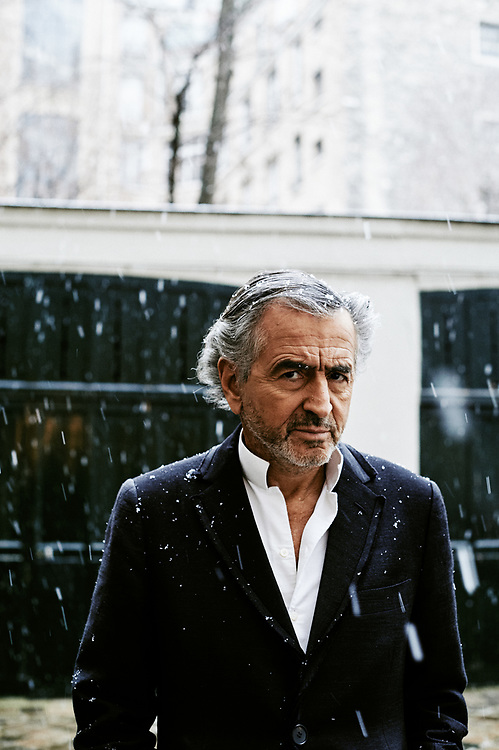 Bernard Henri-Levy, aka BHL, writer, philosopher, in a courtyard. Paris, France. January 22, 2019.<br /> Bernard Henri-Levy, alias BHL, philosophe et ecrivain, dans une cour. Paris, France. January 22, 2019.