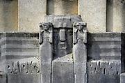 Nederland, Radio Kootwijk, 19-11-2009Sculptuur, beeldhouwwerk op de gevel van het voormalig zender gebouw, radiostation. architectuur van de Amsterdamse school. MonumentFoto: Flip Franssen/Hollandse Hoogte