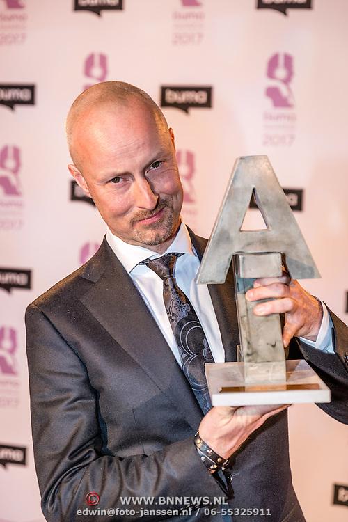 NLD/Hilversum//20170306 - uitreiking Buma Awards 2017, Lennaert Nijgh Prijs, Peter Slager
