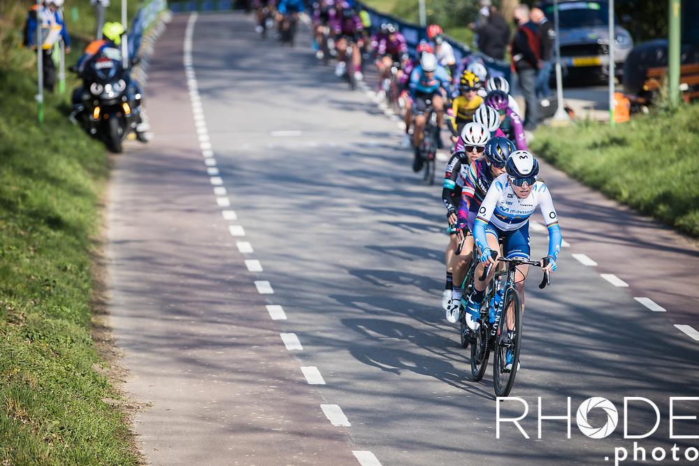 Annemiek Van Vleuten (NED/Movistar) leading the chase in the peloton on top of the Bemelerberg<br /> <br />  7th Amstel Gold Race Ladies Edition <br /> Valkenburg > Valkenburg 116km<br /> <br /> ©RhodePhoto