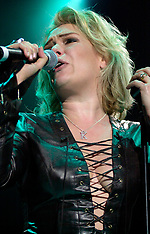 Kim Wilde 2002