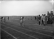 05/07/1952<br /> 07/05/1952<br /> 05 July 1952<br /> N.A.C.A. (National Athletic and Cycling Association) Championship of Ireland Finals at Iveagh Grounds,  M. Cahill (Harp A.C.) leading in the 100yd Cycle,  whose chain broke near the line.